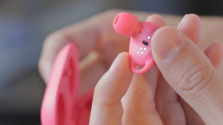 Samsung Gear IconX kablosuz kulak içi kulaklık